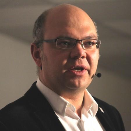 Dr. Marc Creus